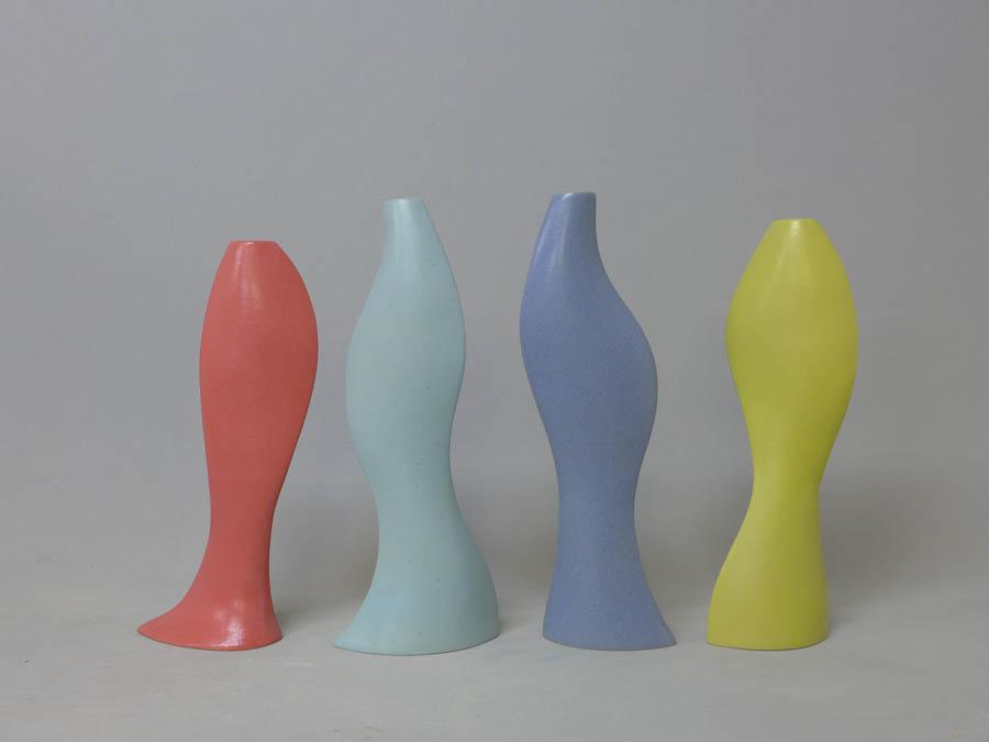 vazen 6 voor 1 bloem, 2021, handvormen, 30 - 35 cm hoog